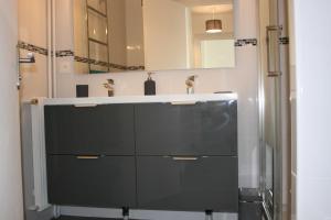 Les Eucalyptus, Апартаменты  Кань-сюр-Мер - big - 8