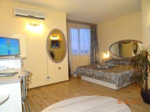 Hotel Color, Hotely  Varna - big - 74