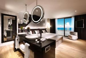 Hard Rock Hotel Tenerife, Rezorty  Adeje - big - 3