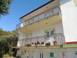 Apartment Nikolina, Apartmány  Malinska - big - 35