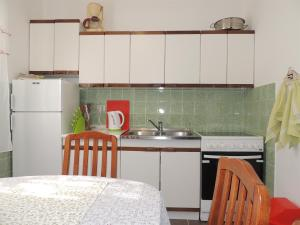 Apartment Nikolina, Apartmány  Malinska - big - 14