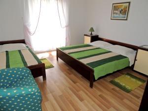 Apartment Nikolina, Apartmány  Malinska - big - 22