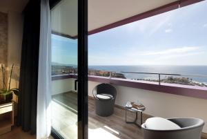 Hard Rock Hotel Tenerife, Rezorty  Adeje - big - 9