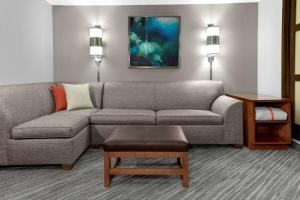 High Floor Doubles, Sofabed