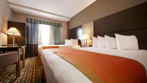 Best Western Plus Brooklyn Bay Hotel, Hotel  Brooklyn - big - 6