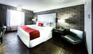 Best Western Plus Village Park Inn, Hotel  Calgary - big - 10