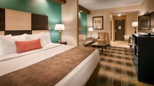 Best Western Plus Atrium Inn & Suites, Hotel  Clarksville - big - 20