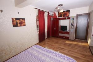 4 ApartsHotel Galati Faleza, Ferienwohnungen  Galaţi - big - 44
