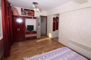4 ApartsHotel Galati Faleza, Ferienwohnungen  Galaţi - big - 45