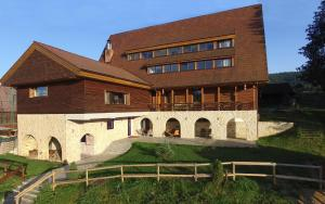 Smida Park - Transylvanian Mountain Resort