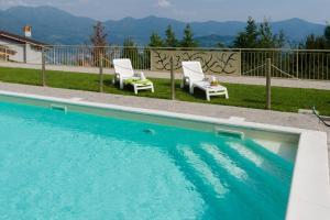 Borgo dei Glicini Halldis Apartment - AbcAlberghi.com