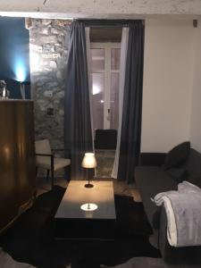 La Suite des Halles, Bed and breakfasts  Chambéry - big - 3