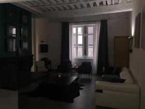 La Suite des Halles, Bed and Breakfasts  Chambéry - big - 17