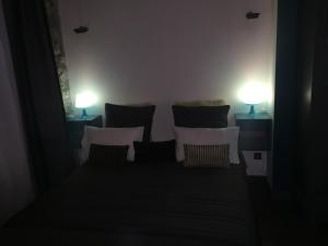 La Suite des Halles, Bed and Breakfasts  Chambéry - big - 25