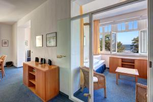 Haus Seeblick Hotel Garni & Ferienwohnungen, Hotely  Zinnowitz - big - 38