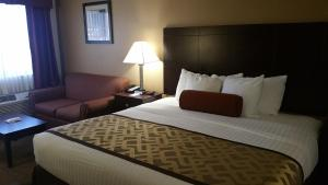 King Room with Bath - Disability Access/Non-Smoking