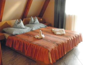 Kristály Apartman, Bed and Breakfasts  Hévíz - big - 30