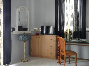 Kristály Apartman, Bed & Breakfast  Hévíz - big - 33