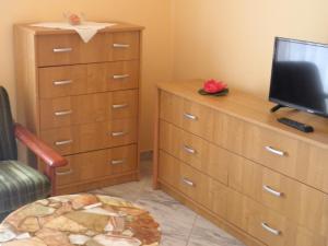 Kristály Apartman, Bed and Breakfasts  Hévíz - big - 40