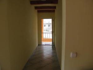 Kristály Apartman, Bed and Breakfasts  Hévíz - big - 114