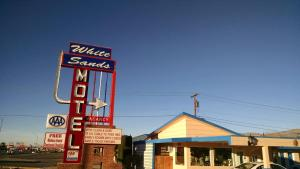 White Sands Motel, Motel  Alamogordo - big - 22