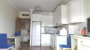 Bicos Beach Apartments AL by Albufeira Rental, Apartmanok  Albufeira - big - 61