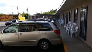 Maples Motel
