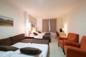 Hotel Alta Garrotxa, Szállodák  Tortellá - big - 8