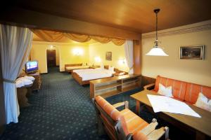 Thermal-Badhotel Kirchler, Hotels  Tux - big - 16
