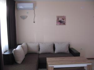 Apartcomplex Chateau Aheloy, Apartmánové hotely  Aheloy - big - 52