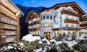 Hotel La Perla - AbcAlberghi.com