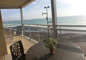 Pineda Beach, Ferienwohnungen  La Pineda - big - 7