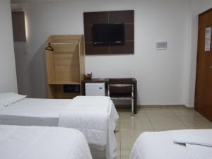 Hotel Divisa, Hotely  Pedro Juan Caballero - big - 8