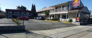 Express Inn and Suites Eugene