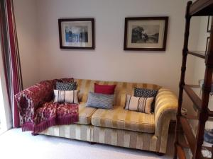 6 The Net Loft, Bed and breakfasts  Mevagissey - big - 40