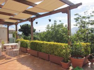 Naples Your House - AbcAlberghi.com
