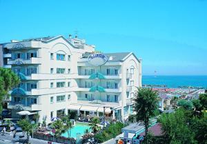 Hotel Luxor Beach - AbcAlberghi.com