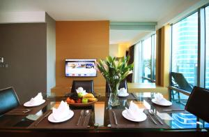 Grand Royal Duplex - Two bedroom Suite