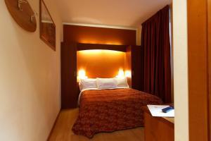 Hotel Villa Delle Rose, Szállodák  Oleggio - big - 47