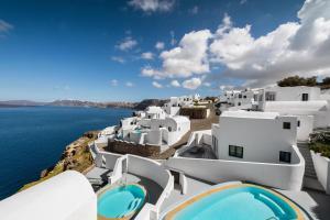 Ambassador Santorini Luxury Villas and Suites