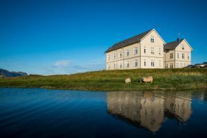 Hotel Búdir, Hotely  Búðir - big - 1