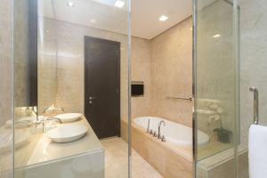 Home-Suites in Straits Quay, Penang, Апартаменты  Танджунг-Бунга - big - 48