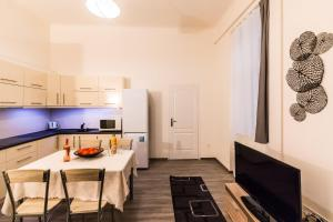 Gellért Premier Apartment, Apartmány  Budapešť - big - 10