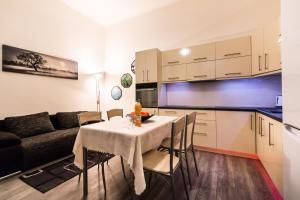 Gellért Premier Apartment, Apartmány  Budapešť - big - 11