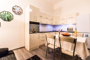 Gellért Premier Apartment, Apartmány  Budapešť - big - 6