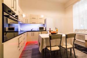 Gellért Premier Apartment, Apartmány  Budapešť - big - 3