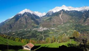 Niederhof, Agriturismi  Parcines - big - 2