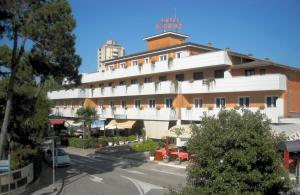 Hotel Santa Cruz - AbcAlberghi.com