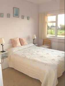 Ocean Villa Country Home, Bed and Breakfasts  Clifden - big - 13