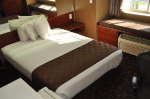 Standard Room Non Smoking -1 Queen Bed